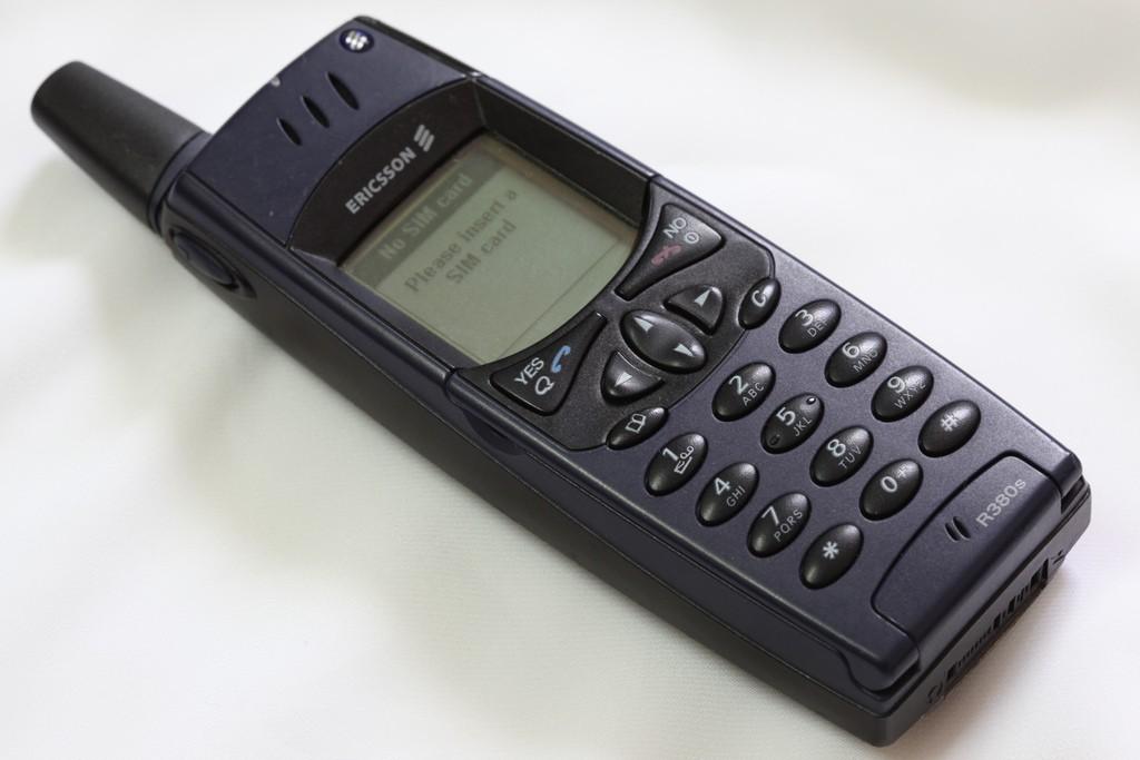Ericsson R380 03