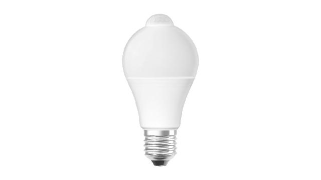 LED sijalica sa senzorom pokreta Osram E27, temperature od 2700 K, jačine osvetljenja 806 lm i snage 9 W