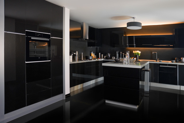 Photo-BI-General-Kitchen-Dark-Colour-Fans-without-cast