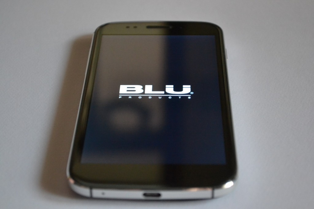 Blu Life One 04