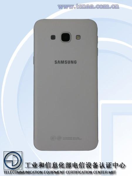 Galaxy A8 02