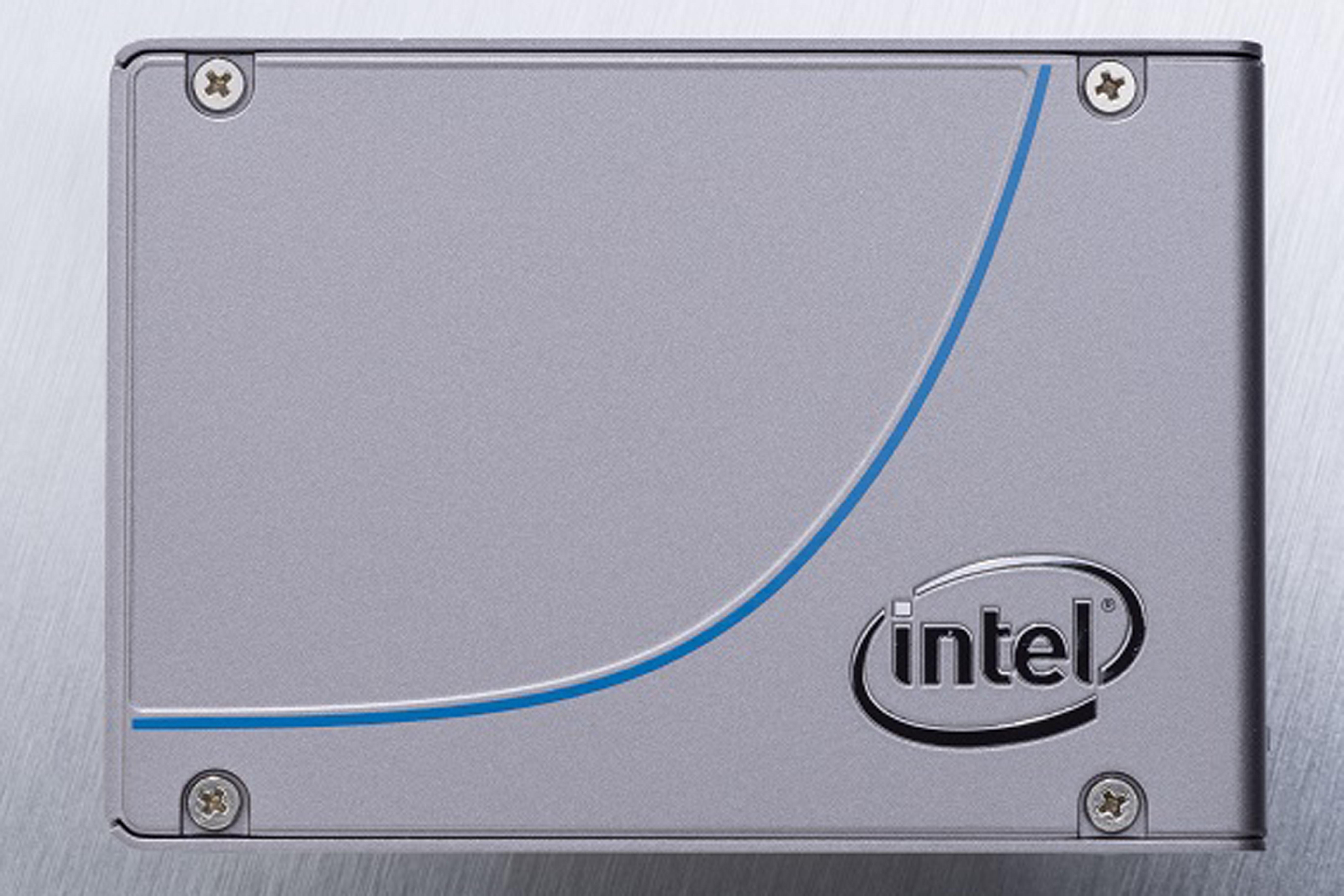 Intel NVMe SSD 750 03