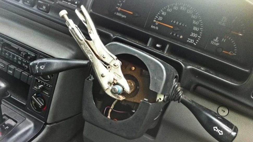 Klesta volan