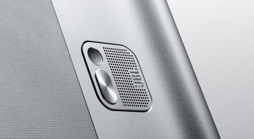 Lenovo Yoga Tablet 2 Pro 06