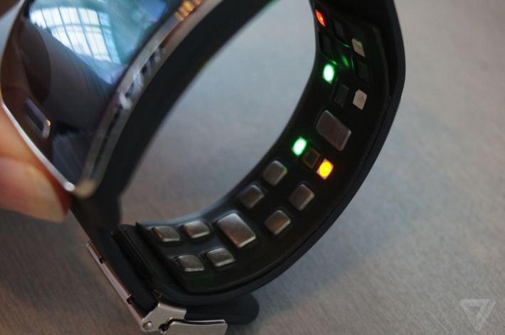 Samsung Simband 02