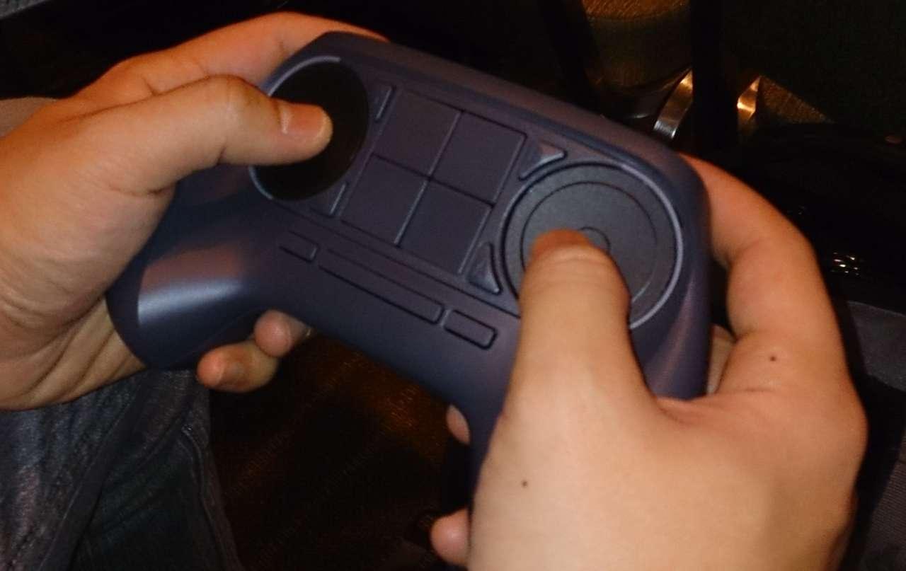 Steam controller2419159-dsc_0010