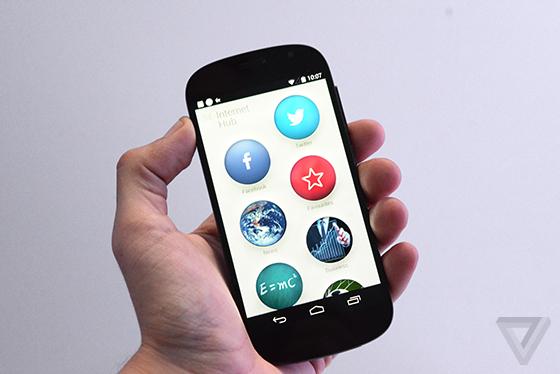 YotaPhone Prototype 03